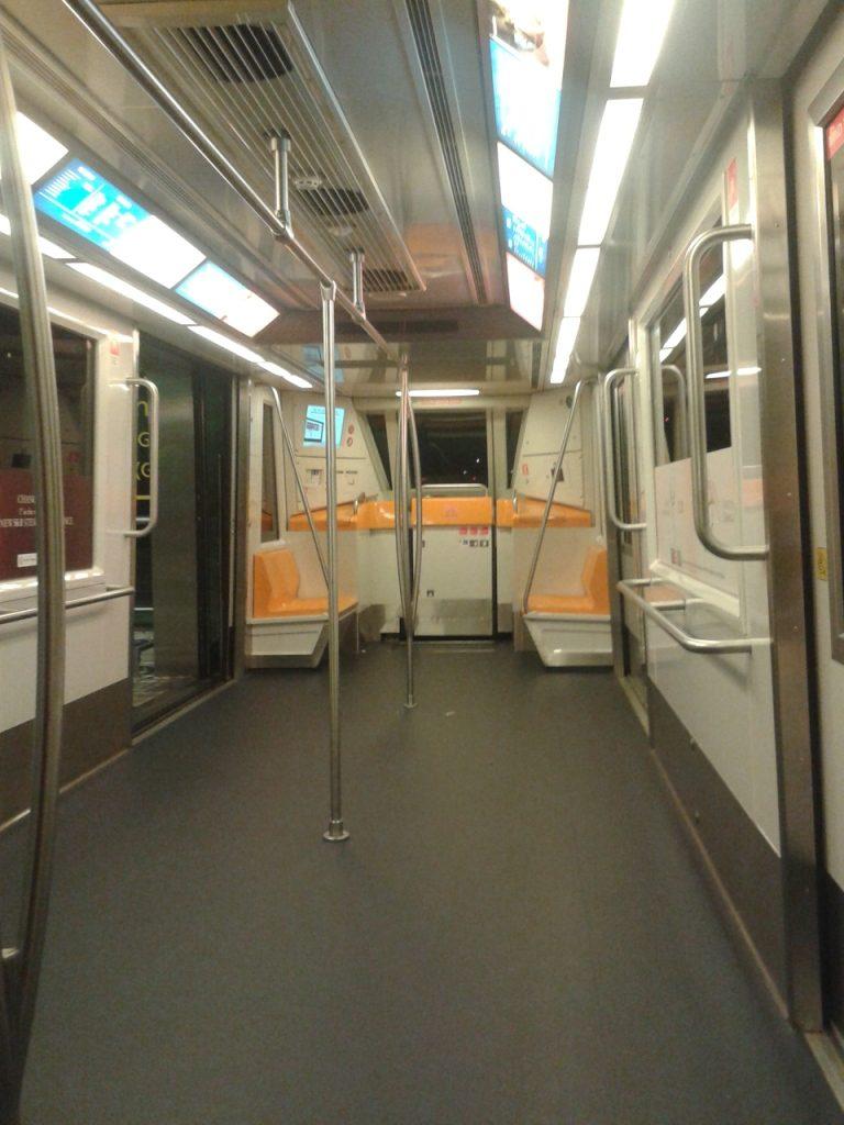 sky train singapura