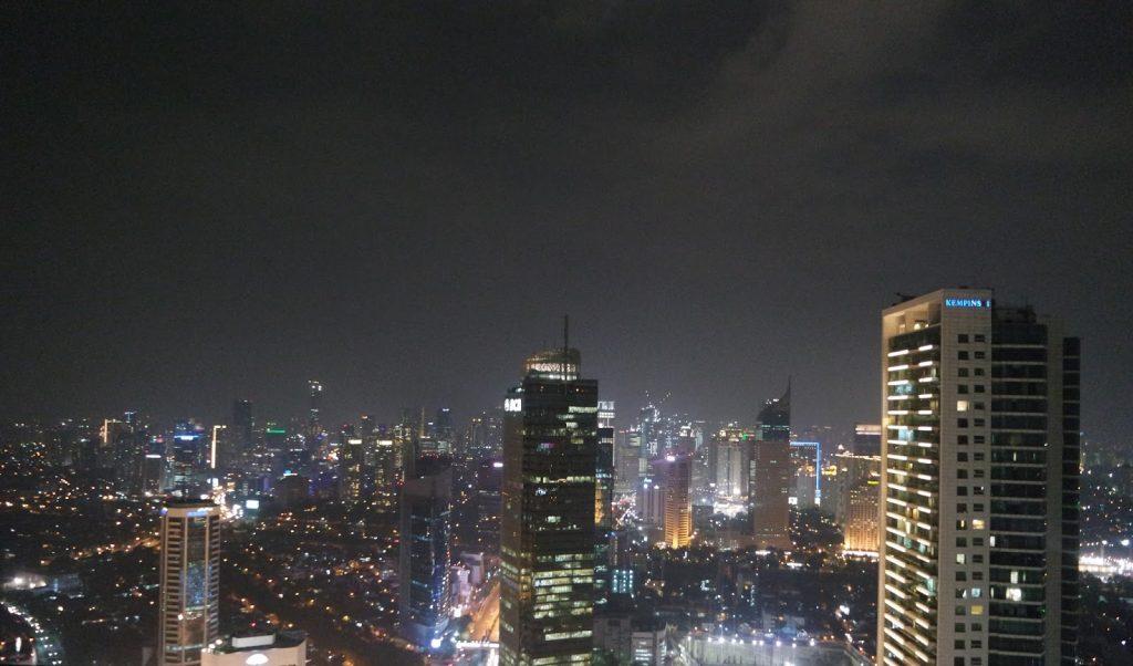 Night view Cloud Lounge Bar