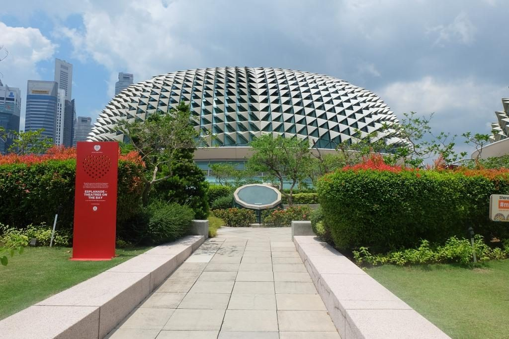Tempat Wisata di Singapura Esplanade