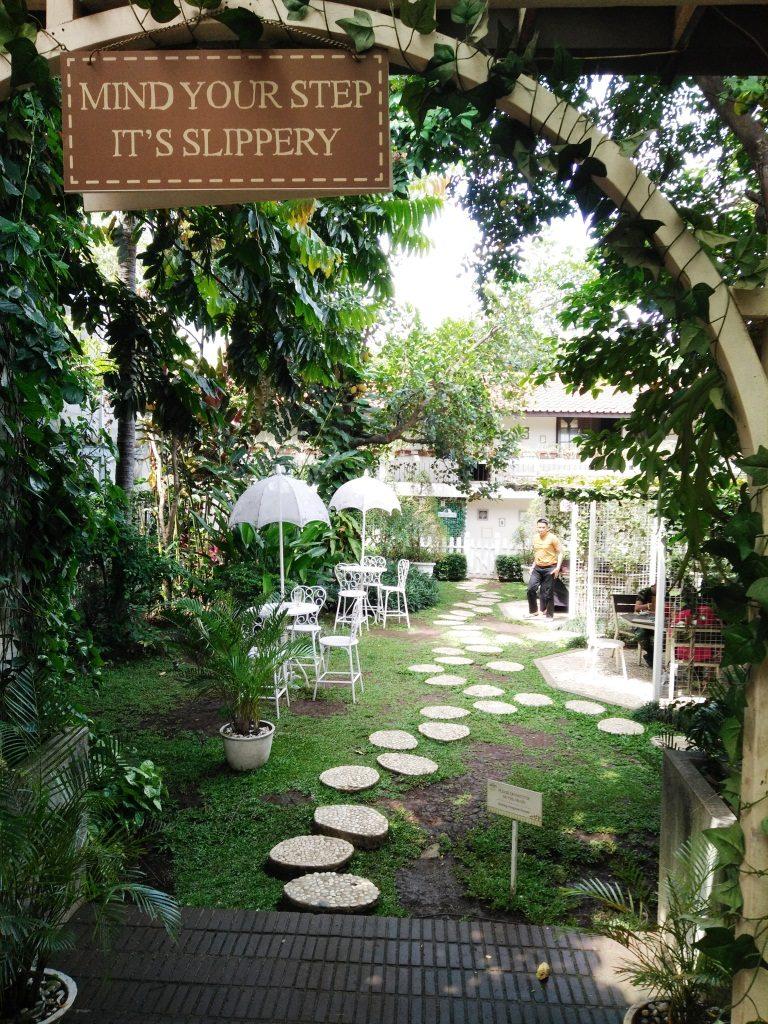 nannys pavillon garden