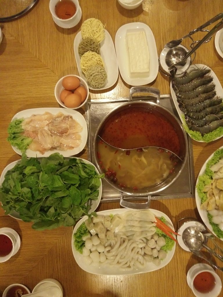 resort seafood steamboat