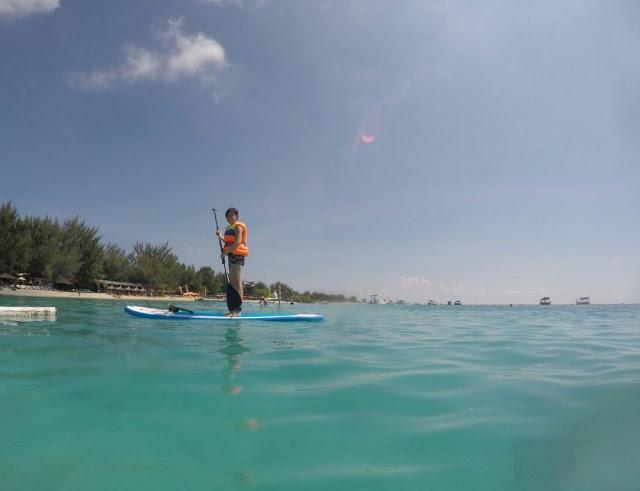 Paddle Boarding di Gili Trawangan