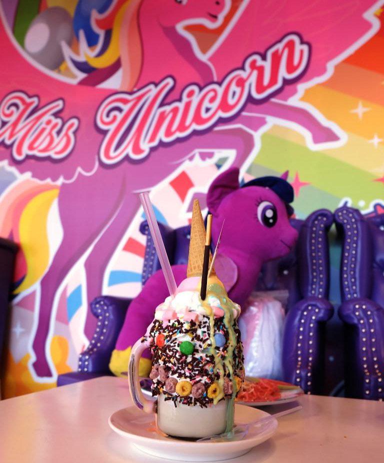 minuman miss unicorn cafe