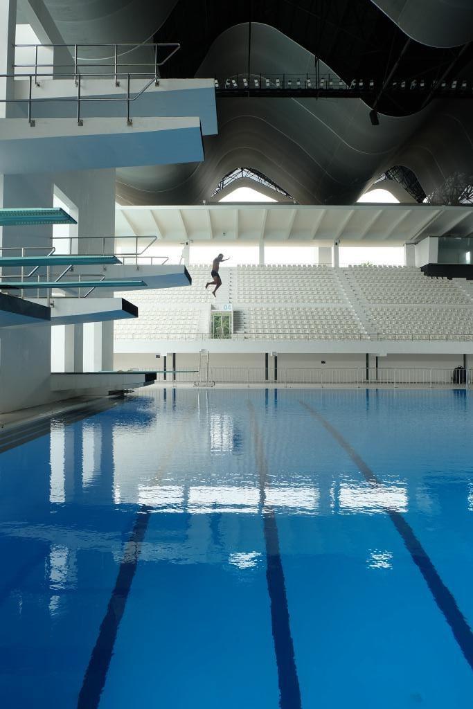kolam renang gbk