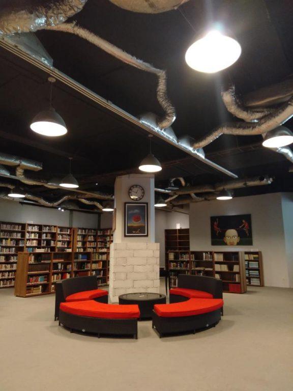 perpustakaan umum jakarta