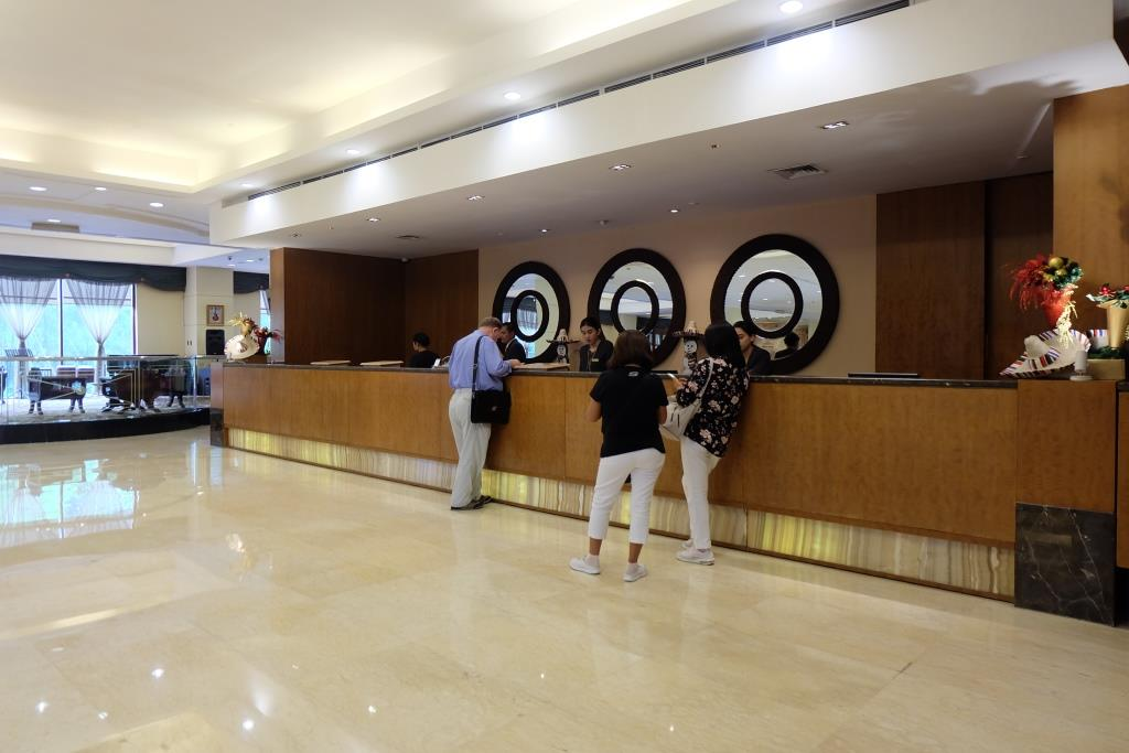 hotel sultan jakarta