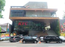 kfc naughty by nature senopati