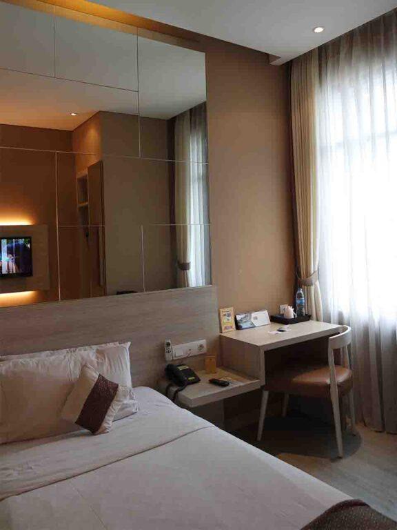 hotel di tomang